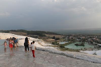 Pemandangan Tebing Putih