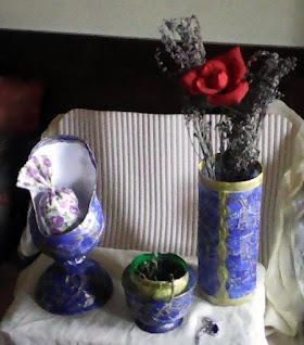 vaza si altele din plastic colorat