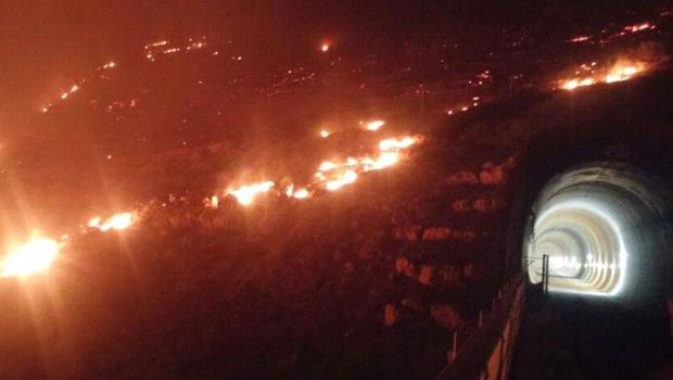 Setelah Melarang Adzan Di Masjidil Aqsha, Israel Dilanda Kebakaran Dahsyat