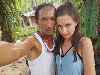 Viral Manusia Gua Kencani Gadis Cantik Rusia
