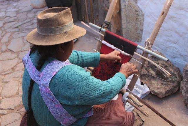 Donna boliviana - tessuti