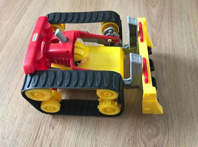 Dozer Racer in Dozer mode