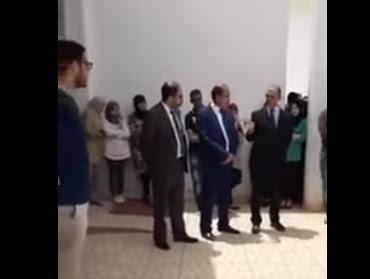 طلبة جامعة محمد الأول بوجدة بكلية العلوم التطبيقية يجبرون الوفد الوزاري على المغادرة
