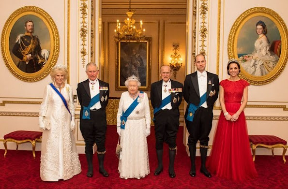 Duchess Catherine wore Jenny Packham sparkling cap-sleeve for Diplomatic Corps dinner. Diamond Tiara, Diamond earrings
