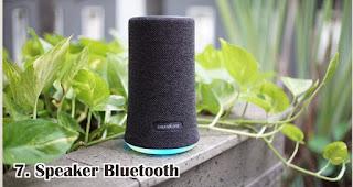 Speaker Bluetooth merupakan salah satu rekomendasi souvenir kekinian yang tepat untuk anak muda