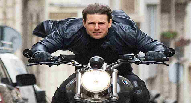 Who plays the protagonist in The Mission Impossible series?
