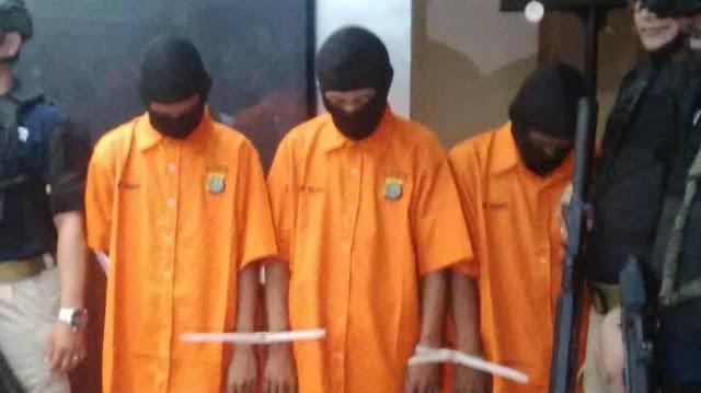 Sidang Tertutup Kasus Pembunuhan Eno 'Cangkul' berdampak Ricuh