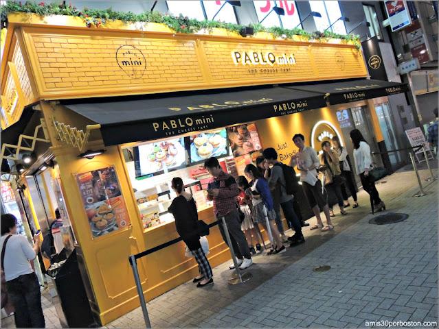 Pablo en Akihabara, Tokio