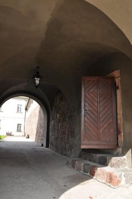 Romański kościół w Czerwińsku nad Wisłą