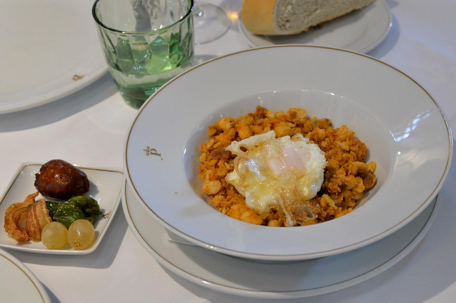 parador oropesa toledo spain history castle luxury hotel food