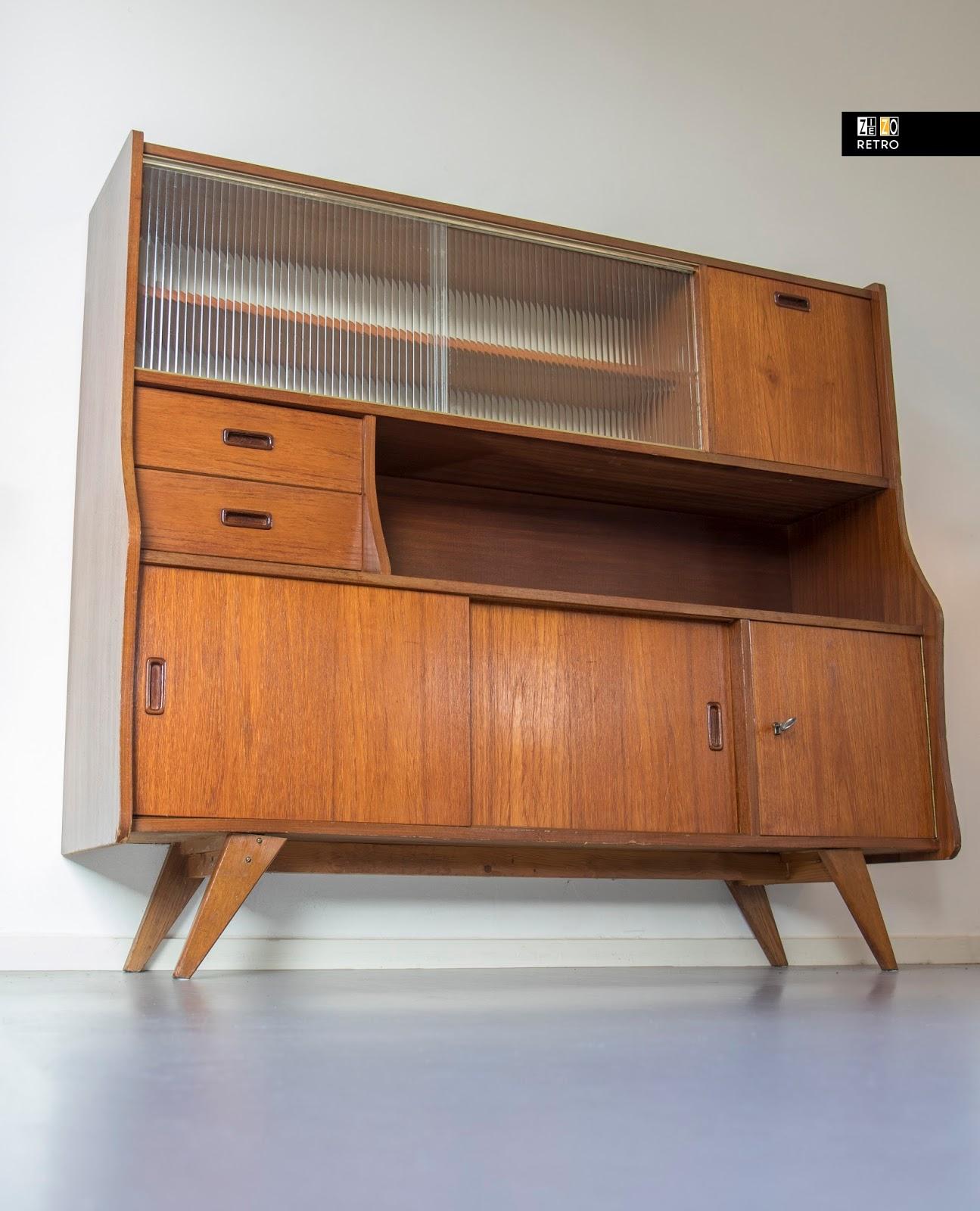 Design Meubelen Jaren 50.Vintage Buffetkast Met Ribbelglas Jaren 50 60 Highboard