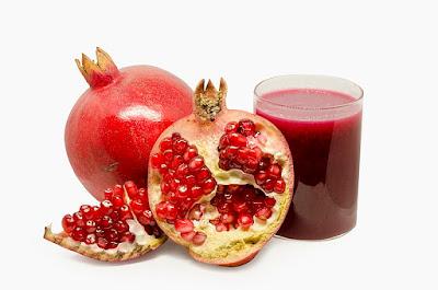 image by https://en.wikipedia.org/wiki/File:Pomegranate_Juice_(2019).jpg