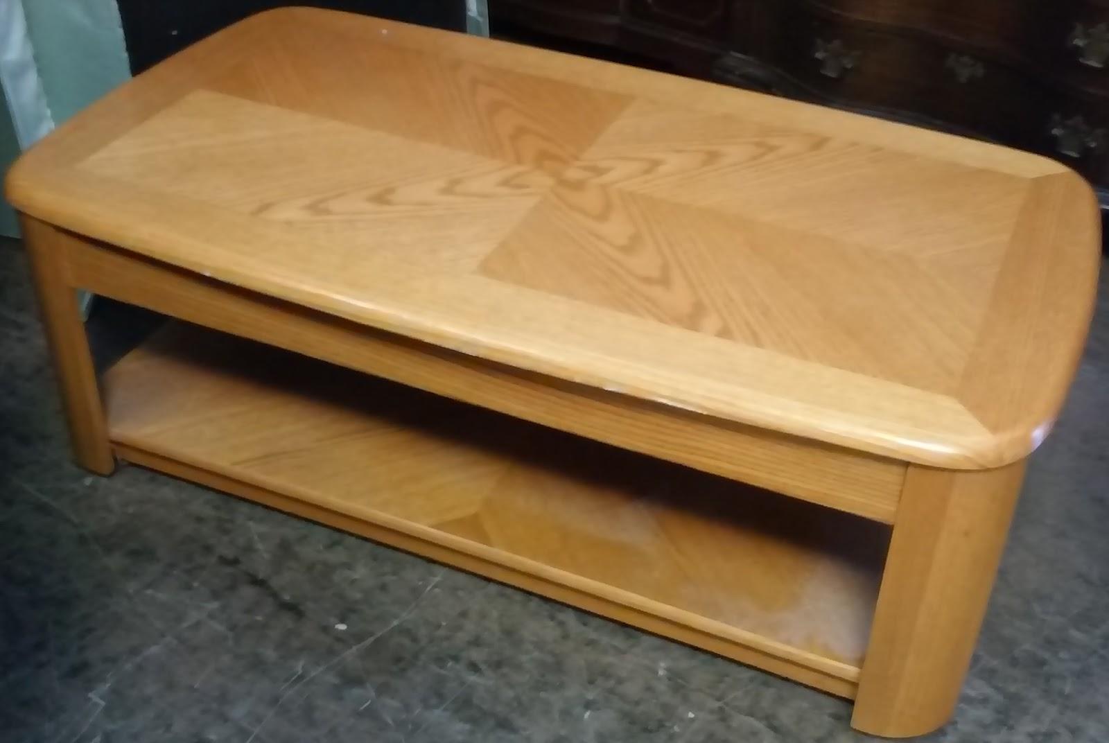 Uhuru Furniture Collectibles Sold 4 39 X 2 39 Modern Oak Coffee Table 40