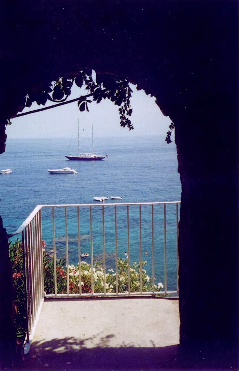 Vista do mar em Capri