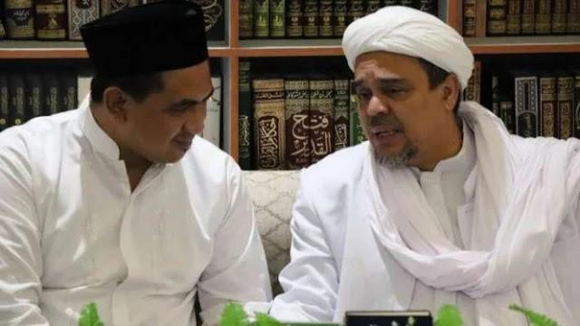 Keluarga Besar Almarhum Mbah Moen Temui Habib Rizieq di Mekah