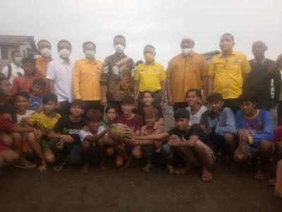DPD I Partai Golkar Sumatera Utara Laksanakan Bhakti Sosial Bagikan 1000 Paket  Sembako Untuk Warga Belawan