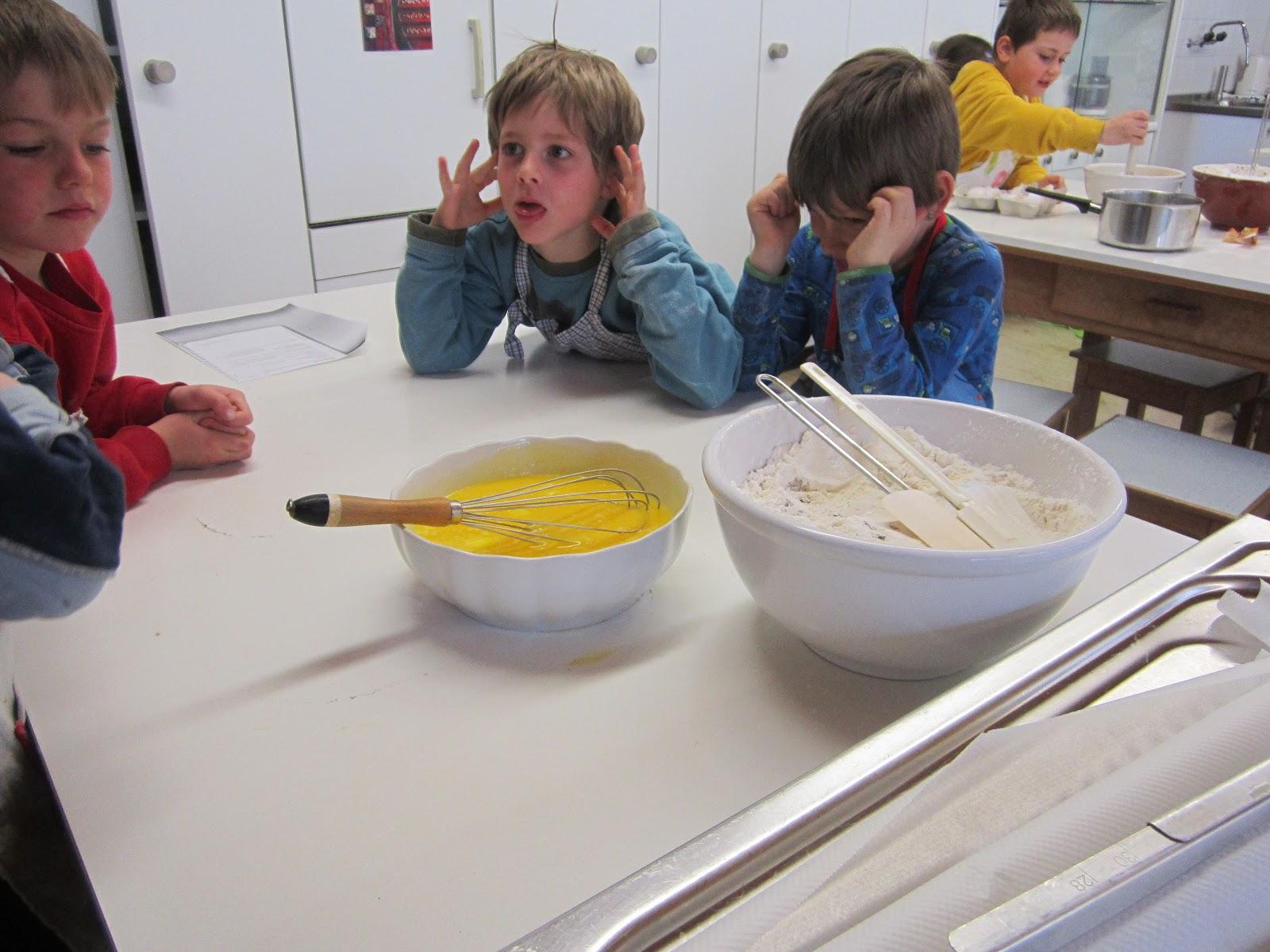 Wilde Charlotte: Kleine Kinder In Der Küche