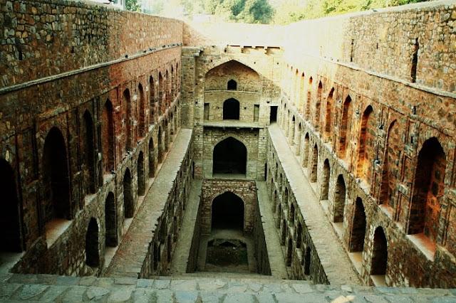 Agrasen Ki Baoli, Best Places to Visit in Delhi