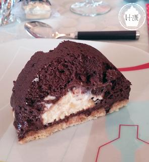 bûche chocolat noir, coeur de crème brûlée