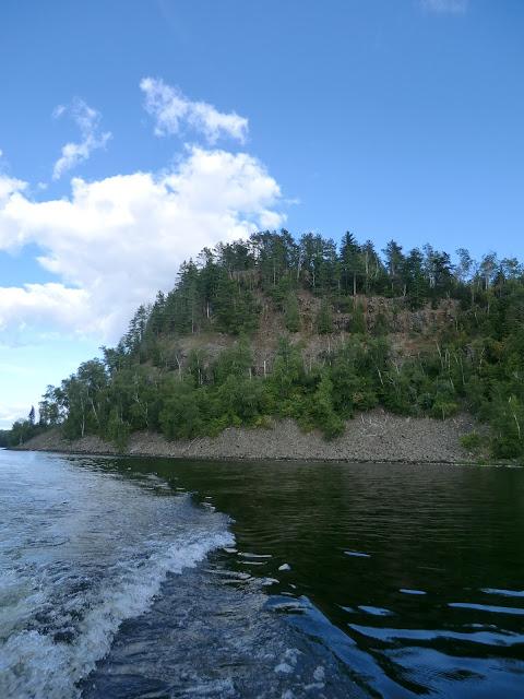 wake of boat in Lake