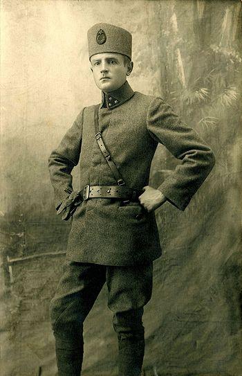 Hans Tröbst (1891-1939) in Turkish uniform and Fez | Mavi Boncuk