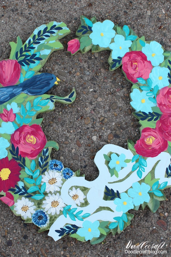 Paint a wooden wreath for the perfect Summer time that is low profile but super stunning.
