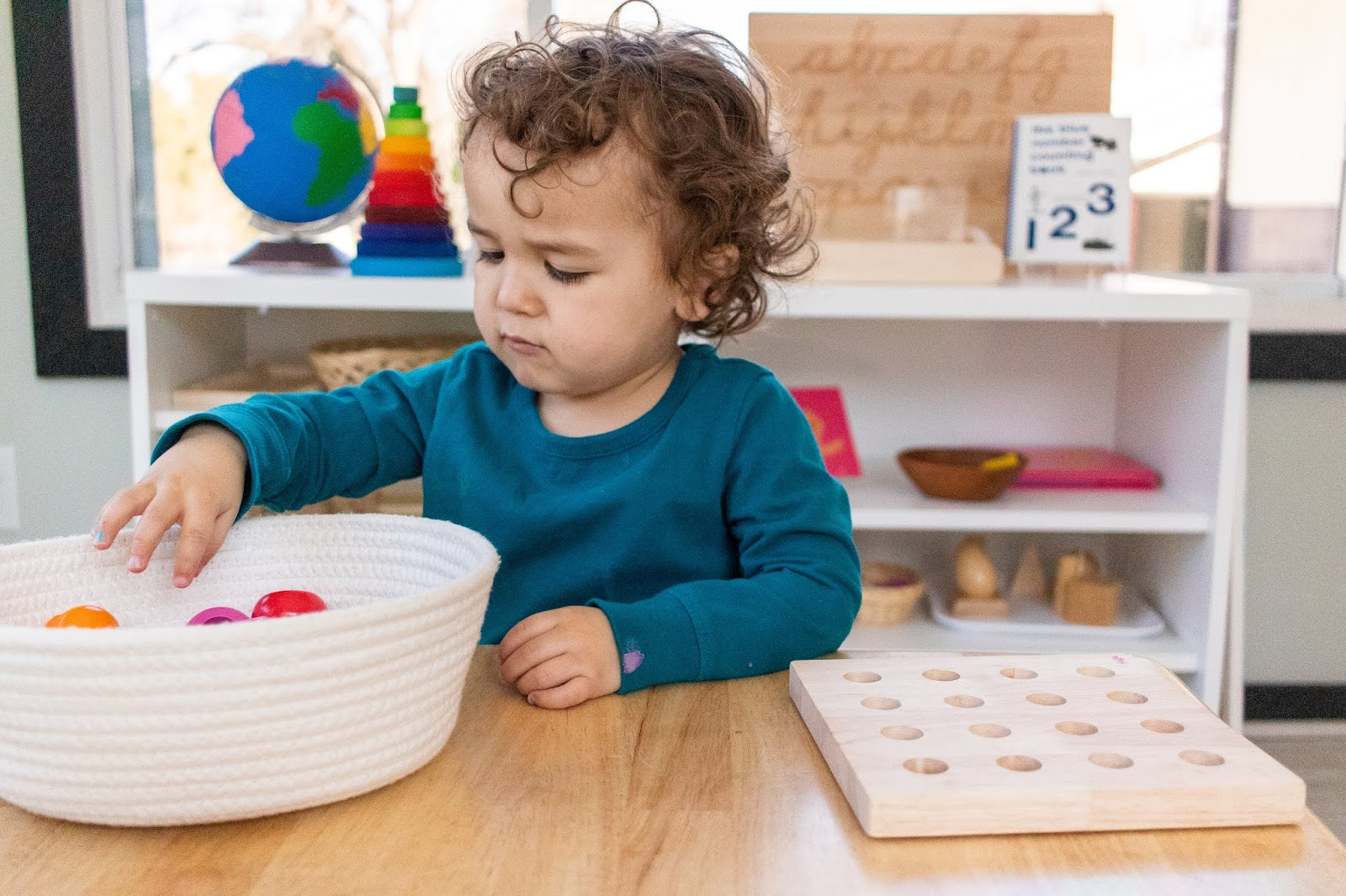 Montessori parenting advice to deal with new changes in routine and order. Here are some tips to help make a transition home easier for everyone during the Covid-19 pandemic.