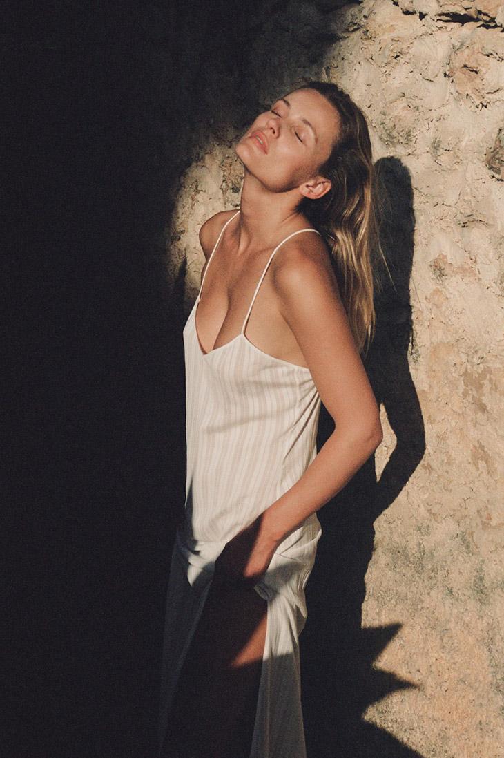 Supermodel Edita Vilkeviciute poses in Massimo Dutti's FW21 lingerie and loungewear looks