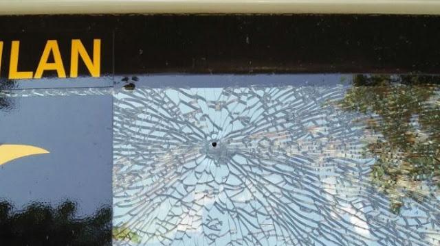 Mobil Ambulan PKS Ditembak