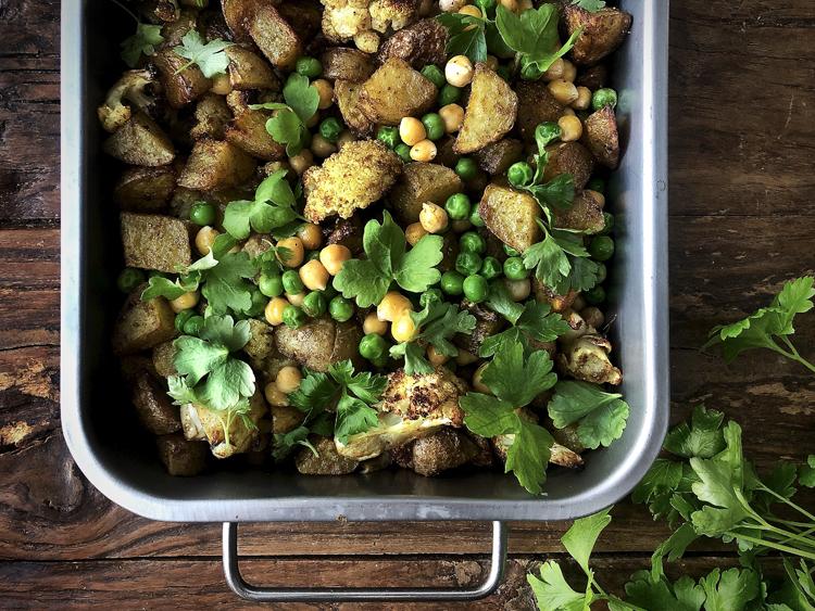 Aloo gobi - intialainen peruna-kukkakaalicurry