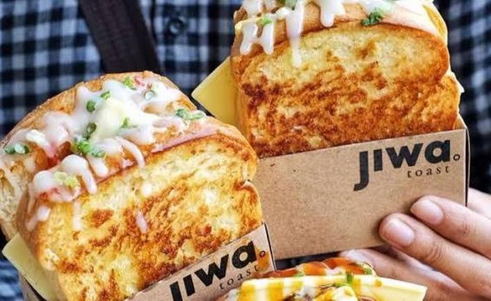"Viral Nama Gerai Sandwich ""Wkwkwkwkwkwkwkwkwkwk,"" Netizen Gagal Fokus"