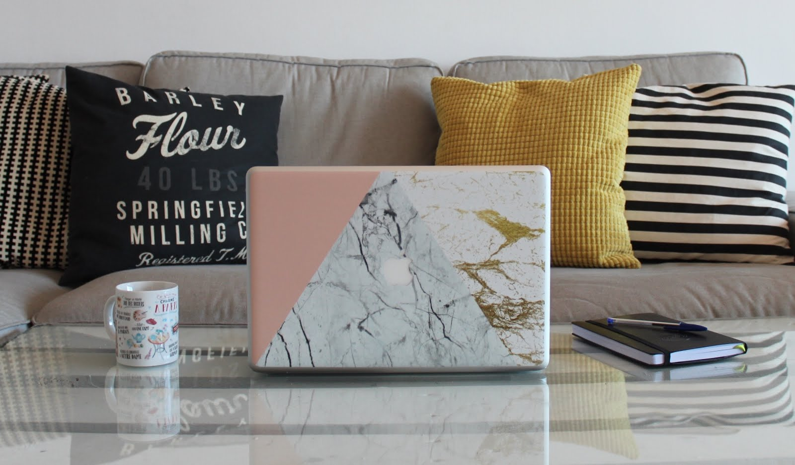 CaseApp Macbook Marble