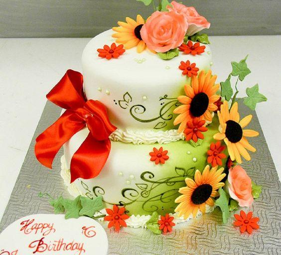 bánh sinh nhật hoa hướng dương trẻ trung và năng động