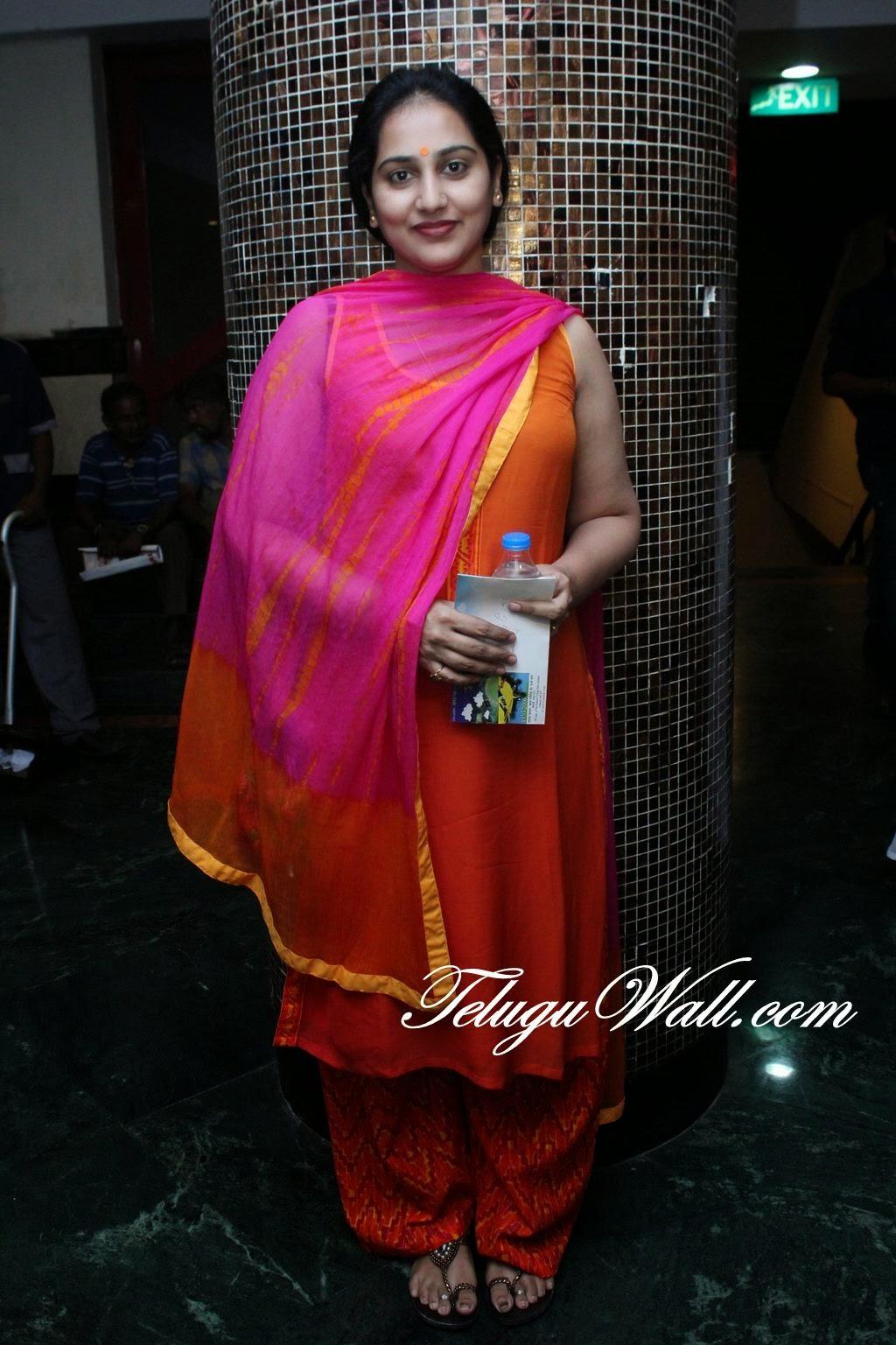 Vijay tv serial artist maheswari - 3 5