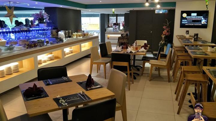 Bufet Makan Malam di Hotel Neo Plus, Penang