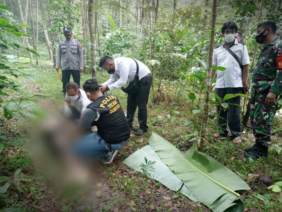 Warga Jatijajar Ditemukan Meninggal Tergeletak di Tengah Jalan
