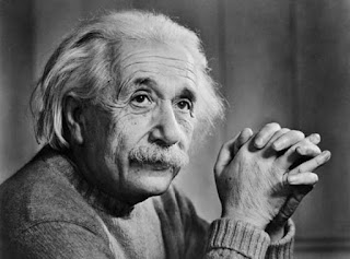 اقتباسات من أقوال ألبرت أينشتاين