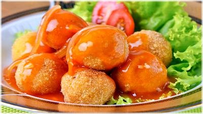 Tempeh Ball Tomato Sauce