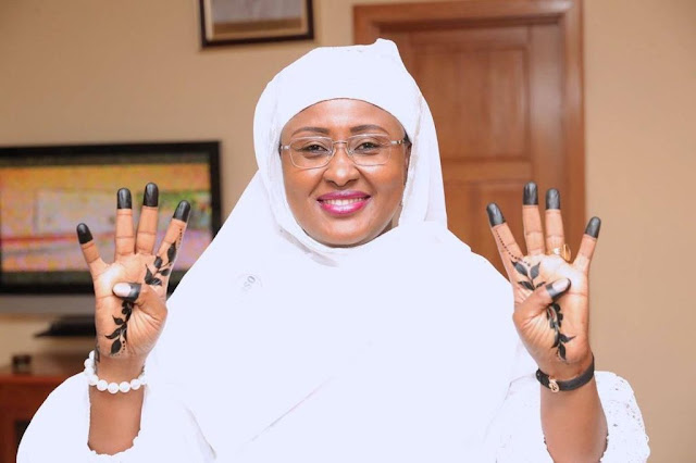 """Check Out Aisha Buhari Showing Off Her New """"Four More Years"""" Tattoo In New Photo 2"""