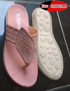 Sandal wanita santai