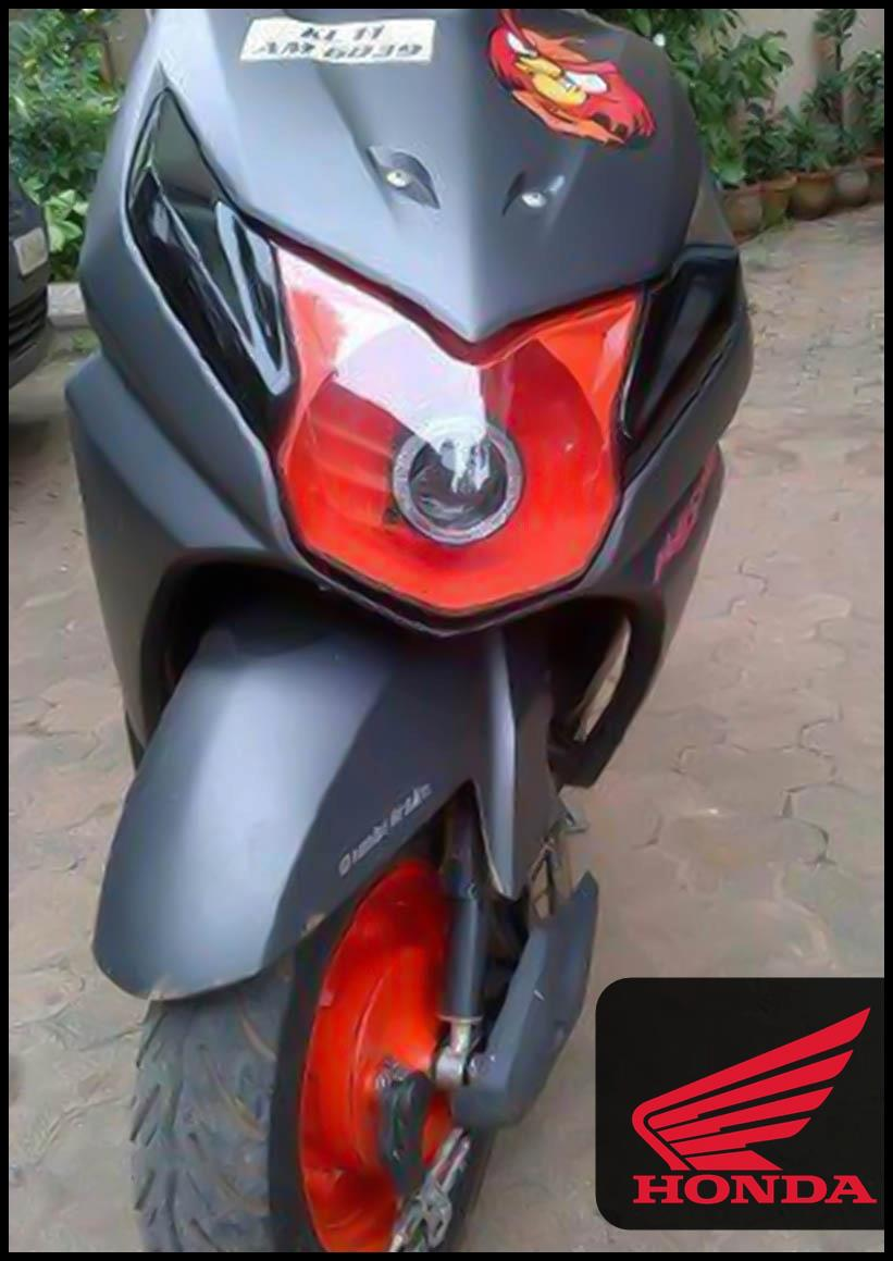 Here are Some Modified Honda Dio 2012 Photos, Please Wait we will add More  pictures .