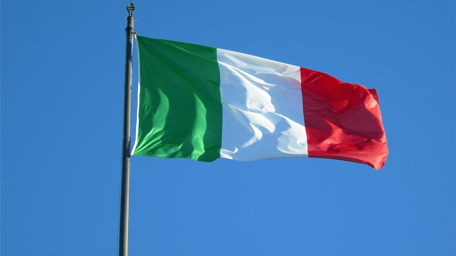 Italian Flag: Ed's Attic: ITALIAN BABES (Photo's