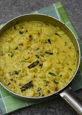 Dahi wale alu, baby potatoes in aromatic yogurt curry