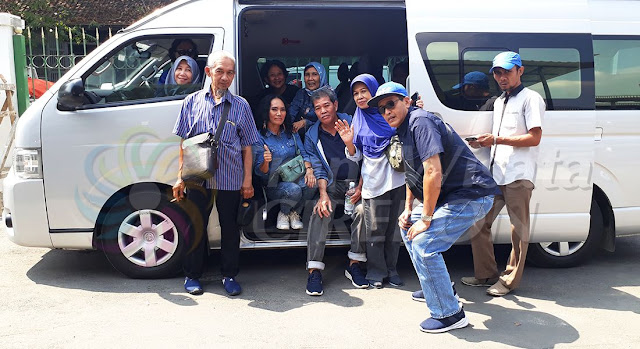 Tour and travel cirebon
