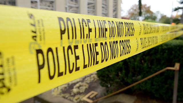 """EE.UU.: La Policía investiga la muerte y hospitalización de varias personas que llevaban """"pulseras naranjas"""""""