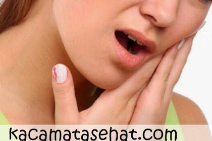 Cara Alami Mengobati Sakit Gigi Berlubang dengan Cepat