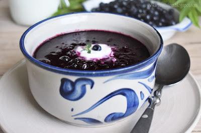Zupa jagodowa z zacierką – kuchnia podkarpacka