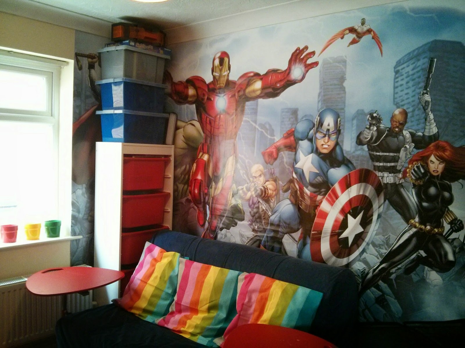 Dulux Marvel Avengers Bedroom In A Box Officially Awesome: Dulux Marvel Avengers Bedroom In A Box
