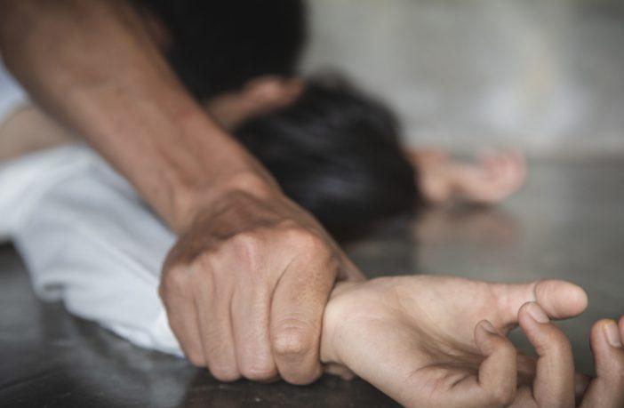 Reino Unido: una niña de 12 años violada durante años por una pandilla de árabes en Birmingham