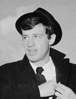 Antonelli had a long relationship with the French actor Jean-Paul Belmondo